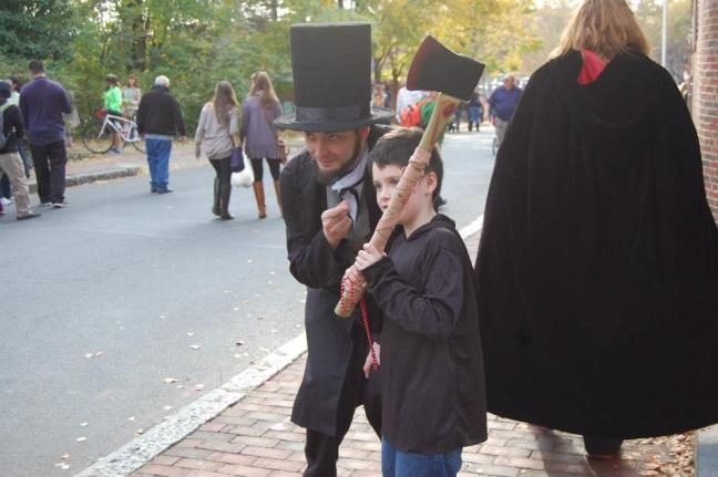 Kiddo with me as Abe Lincoln