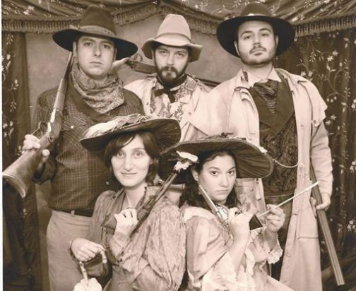 A photo that we Stonecoasters took at the Tunbridge World Fair in Vermont, with some 1800's flair.