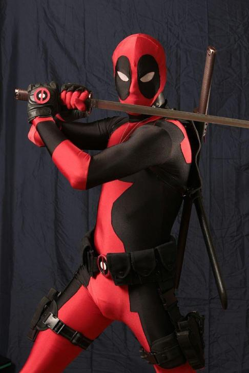 James Ryan Jwanowski cosplaying as classic Deadpool.
