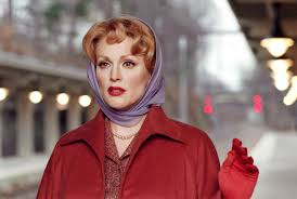 THE GOOD: Julianne displays her acting chops in Far From Heaven.