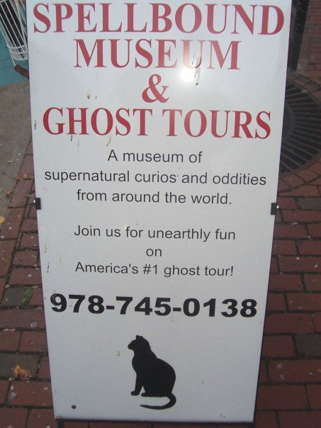 Back in 2007 I went on a ghost tour with Spellbound Tours.